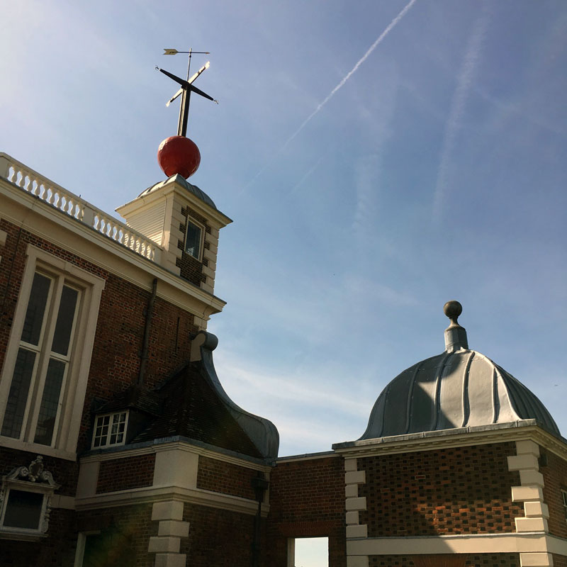 A picture of the timeball on top of the Royal Observatory, Greenwich